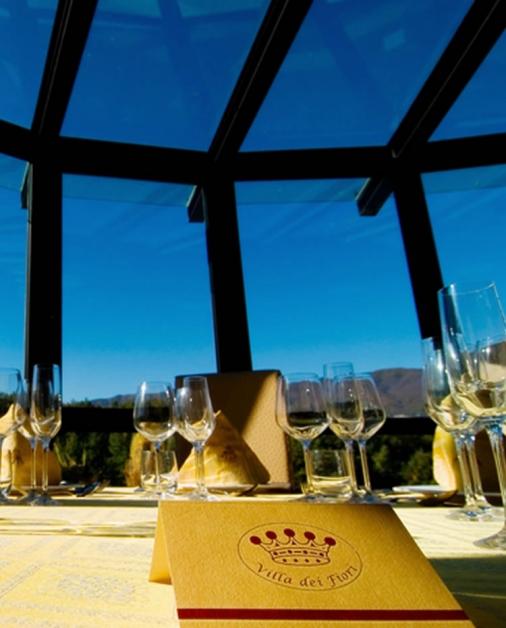 Tavolo apparecchiato vista cielo - Tenuta Villa dei Fiori