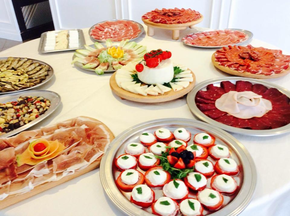 Dettaglio buffet salumi e formaggi - Tenuta Villa dei Fiori