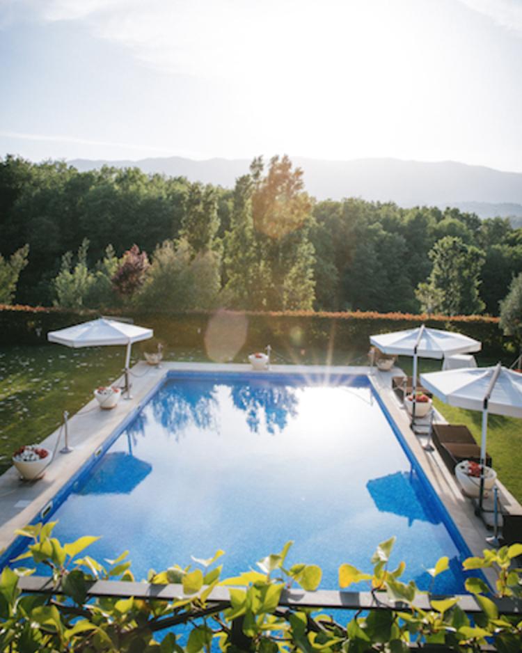 Dettaglio piscina di giorno - Tenuta Villa dei Fiori